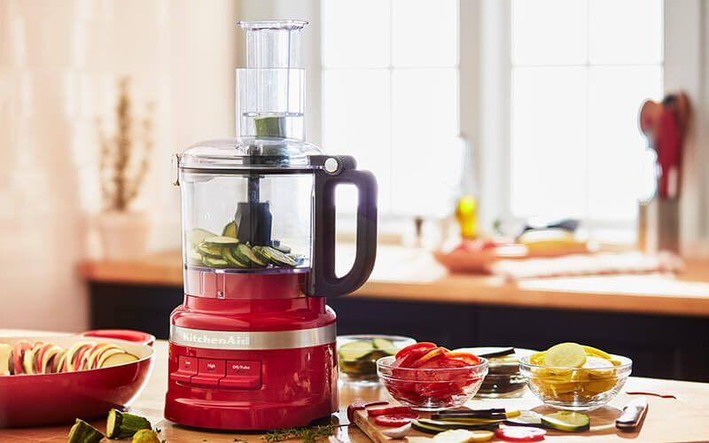 Know about food processor to make your kitchen works simple